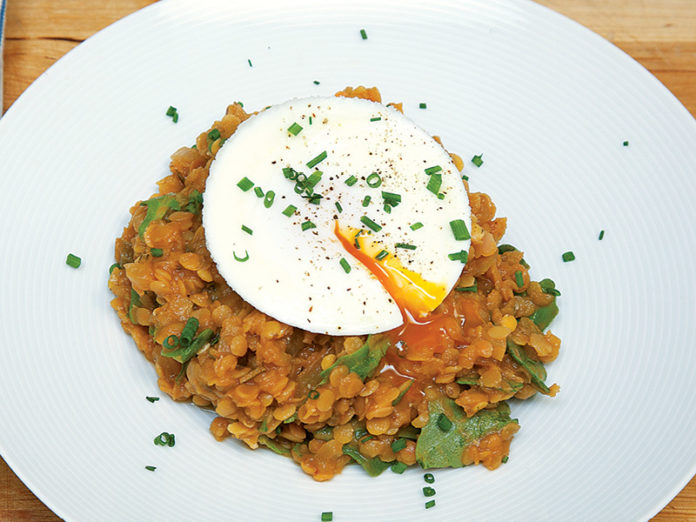 Braised Lentils with Arugula and Poached Eggs