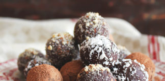 Quinoa Chocolate Cherry Energy Bites