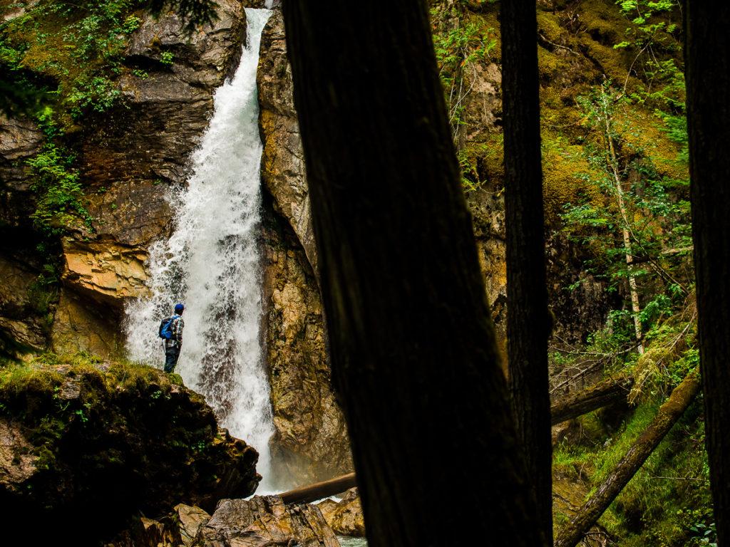 Begbie Falls Trailhead